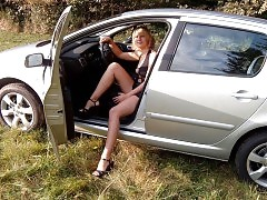 Sexy slut showing her body