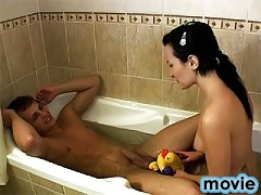 Horny couple fuck in the bath